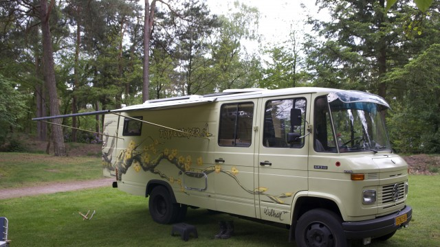 Toffe Camper Wij Bouwen Stoere Mercedes Campers